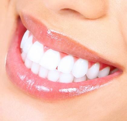 فوائد ابتسامة هوليود